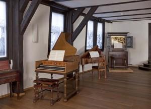 Instrumentensaal im Bachhaus Eisenach BY Constantin Beyer